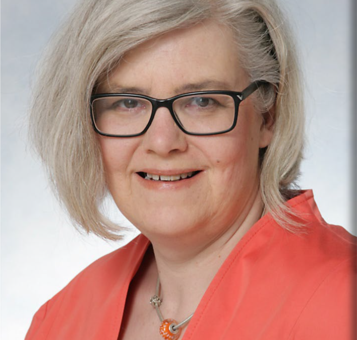 Dr. Birgit Siebrasse
