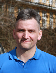 Dr. Armin Roth